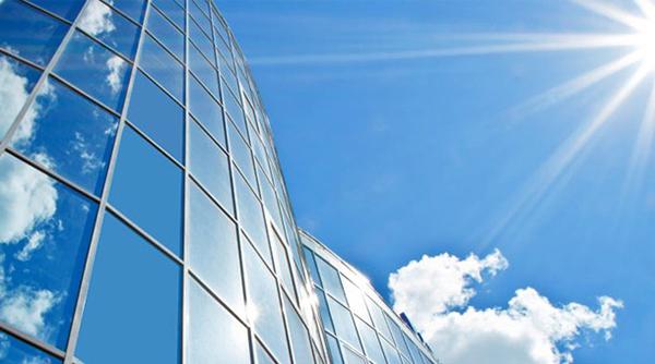Tác dụng của Decal dán kính chống nắng