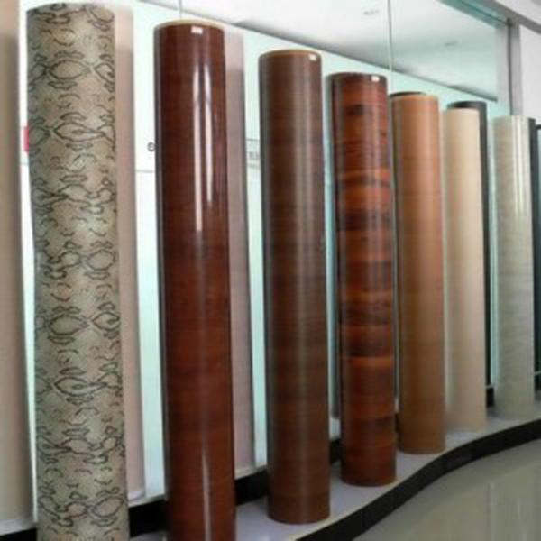 Đặc điểm của decal dán gỗ