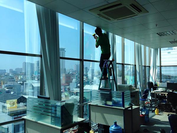 Phim cách nhiệt văn phòng