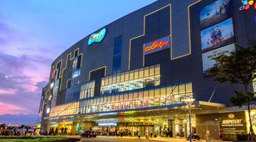 Dán decal tết cho trung tâm thương mại SC VivoCity Shopping Center